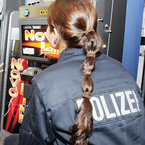 Razzia-in-36-Spielhallen-Automaten-manipuliert_ArtikelQuer