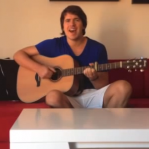 Marvin singt