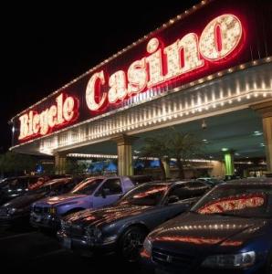 Bicycle_Casino_q
