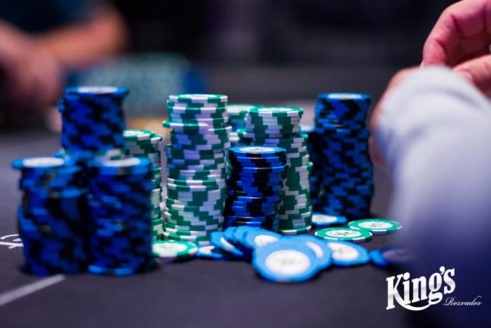 chips1-700x467