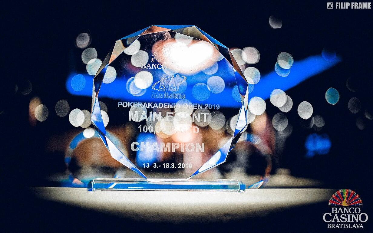 PA_ME_Trophy